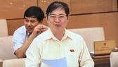 Chủ nhiệm Uỷ ban Khoa học Công nghệ và Môi trường Phan Xuân Dũng phát biểu tại phiên họp