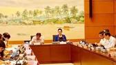 Tại phiên họp tổ ĐBQH sáng 22-5, Chủ tịch Quốc hội Nguyễn Thị Kim Ngân bày tỏ lo lắng sâu sắc về dịch tả heo châu Phi cùng nhiều tác động tiêu cực khác đến ngành nông nghiệp