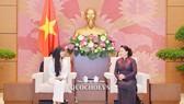 Chủ tịch Quốc hội Nguyễn Thị Kim Ngân tiếp Nhóm nghị sĩ hữu nghị Pháp - Việt