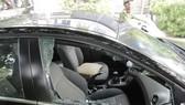 Một vụ trộm tiền tỷ trong xe ô tô trước đó. Ảnh: CHÍ THẠCH