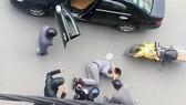 Truy bắt nhóm giang hồ đi xe ô tô truy sát khiến 2 người thương vong
