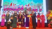 Phó Thủ tướng Vương Đình Huệ trao giải thưởng Phụ nữ Việt Nam 2017