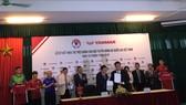 Lễ ký kết Nhà tài trợ chính Đội tuyển Bóng đá Quốc gia Việt Nam