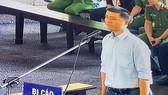 Trùm cờ bạc trực tuyến Phan Sào Nam khai gì trước tòa?