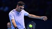 Roger Federer sớm giành quyền vào bán kết