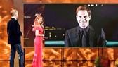"""Federer nhận giải thưởng """"Nhân vật thể thao Thụy Sỹ của năm"""" qua hình ảnh video"""