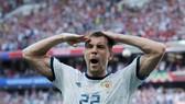 Artem Dzyuba là cầu thủ xuất sắc nhất nước Nga