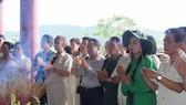 Mỗi ngày có hàng ngàn lượt người viếng thăm Khu di tích Truông Bồn