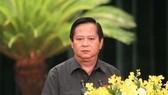 阮友信(61歲,市人委會原副主席)