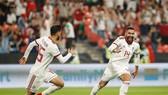 Saman Ghoddos ăn mừng sau pha ghi bàn vào lưới Yemen