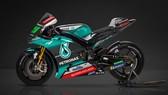Dàn áo của chiếc xe đua của đội đua mới Petronas Yamaha SRT