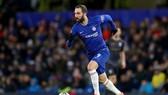 Gonzalo Higuain trong trận đấu ra mắt màu áo của Chelsea