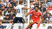 Gigi Buffon sẽ cố g8áng giữ sạch mành lưới trước Harry Kane (Tottenham).