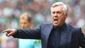 Azzurri cần kinh nghiệm cầm quân của Carlo Ancelotti.