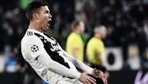 Cristiano Ronaldo thoát án treo giò sau màn ăn mừng tục tĩu