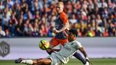 Thua Montpellier, PSG tan mộng phá kỷ lục