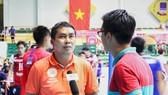 HLV Triệu Tử Thiên là người mới nhất vào danh sách những HLV trưởng mất việc sau giải VĐQG 2017. Ảnh: THIÊN HOÀNG