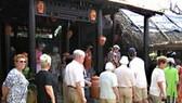Làng gốm cổ giữa phố cổ