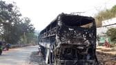Cháy xe khách trong đêm, 38 người may mắn thoát chết