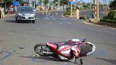 Xe khách tông 2 xe máy, 4 người thương vong