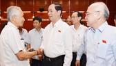 Chủ tịch nước Trần Đại Quang thăm hỏi cử tri