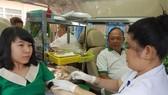 CB-CNV công ty Fosco hiến máu