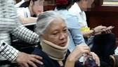 Hoãn phiên tòa vì hai cựu lãnh đạo ngân hàng đau đầu, đau bụng, chóng mặt