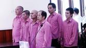 Hội đồng xét xử TAND tỉnh Bình Định phải hoãn xét xử vụ án vì vắng mặt nhân chứng và người bào chữa cho bị cáo