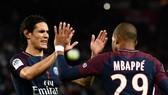 Paris Saint Germain - Marseille 3-0: Mbappe, Cavani tỏa sáng, Neymar dính chấn thương nặng