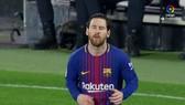 Sevilla - Barcelona 2-2: Suarez, Messi kịp cứu nguy