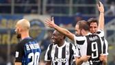 Inter - Juventus 2-3: Juventus lội ngược dòng trong 5 phút