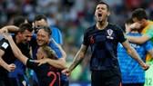 Bán kết 2, Croatia - Anh 2-1: Perisic, Mandzukic ngược dòng ngoạn mục mang Croatia vào chung kết