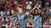 """Benfica - Bayern Munich 0-2: Lewandowski, Renato Sanches """"khai hỏa"""""""
