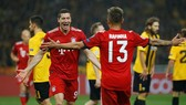 Athens - Bayern Munich 0-2: Martinez và Lewandowski lập công