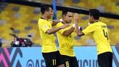 Malaysia - Lào 3-1: Kongmathilath lập siêu phẩm nhưng Radzak, Idland giúp chủ nhà chiến thắng