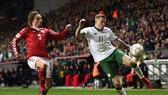 """Đan Mạch - CH Ailen 0-0: """"Những chú lính chì"""" bị cầm chân"""