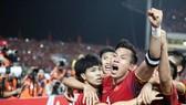 Việt Nam - Philippines 2-1 (chung cuộc 4-2): Quang Hải, Công Phượng hạ HLV Eriksson vào chung kết