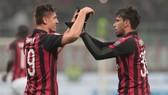 AC Milan - Cagliari 3-0: Ceppitelli phản lưới, Lucas Paqueta, Krzysztof Piątek lập công giành tốp 4