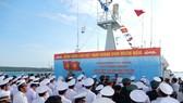 Lễ tưởng niệm các liệt sĩ đã hy  sinh trong chiến dịch đổ bộ đường biển Tà Lơn. Ảnh: HÀM LUÔNG