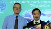 """Giám đốc Trí Việt - First News nhận giải thưởng """"Tận tâm cống hiến vì cộng đồng 2019"""""""