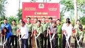 Lễ khởi công xây cầu nông thôn xã Thới Hưng ngày 30-12