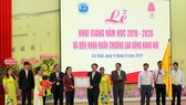 Trường ĐH Trà Vinh nhận Huân chương Lao động hạng Nhì