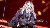 Madonna - 3 thập niên, 1 trái tim nổi loạn