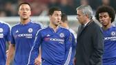 Hazard sút hỏng phạt đền, Chelsea bị loại