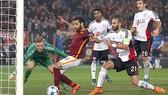 Roma 3-2 Leverkusen: Hồi sinh từ màn rượt đuổi