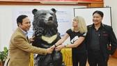 Chấm dứt nuôi nhốt gấu tại Quảng Ninh