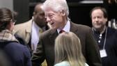 45.000 người ký đơn đòi bắt Bill Clinton