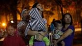Hà Nội: Cháy chung cư giữa đêm, dân hoảng loạn
