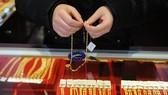Chiều 10-8: Giá vàng giảm gần 2 triệu đồng