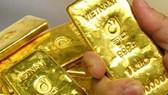Sáng 12-7: Giá vàng tiếp tục tăng mạnh